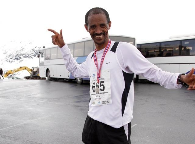 Eritreeren Tesfayohannes Mesfun Fisehatsion bor i Bodø og vant dagens Nibbeløp