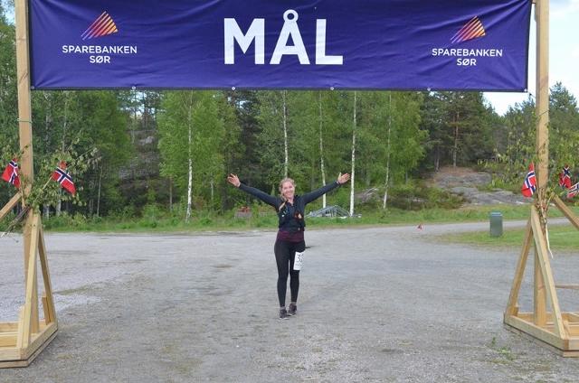 38-Wendy Byvold Næss gørrfornøyd i mål og fem runder, sjetteplass av ni startende kvinner (640x424).jpg
