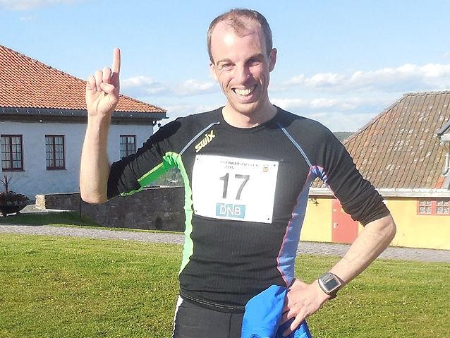 Hallvard Nilsen knipset etter en seier i Festningsløpet i Kongsvingerkarusellen for tre år siden. (Foto: Liv Berit Roland)