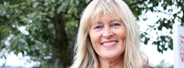 Leni Dale overtar stafettpinnen etter Åslaug Brænde. Ho vert konstituert kommunalsjef for helse og omsorg frå 24. august.