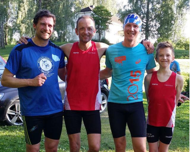 Fornøyd kvartett etter løpet (fra v.) Ronny Bohrmann, Miroslaw Baran, Henning Mortensen og Wiktor Baran. (Foto: Agnieszka Baran)