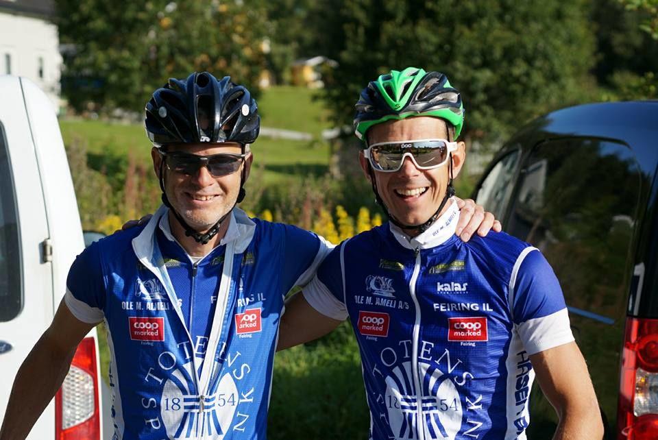 Rune Morten Johansen og Per Christian Sjøli var i godt humør før start på lørdagens 12 - timers økt i Mistberget. Hvor mange ganger til toppen ville de klare? (foto: Bjørn Saksberg).