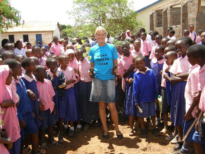 Helene Strøm-Rasmussen - en av våre første Fredskorpsdeltakere i Taveta