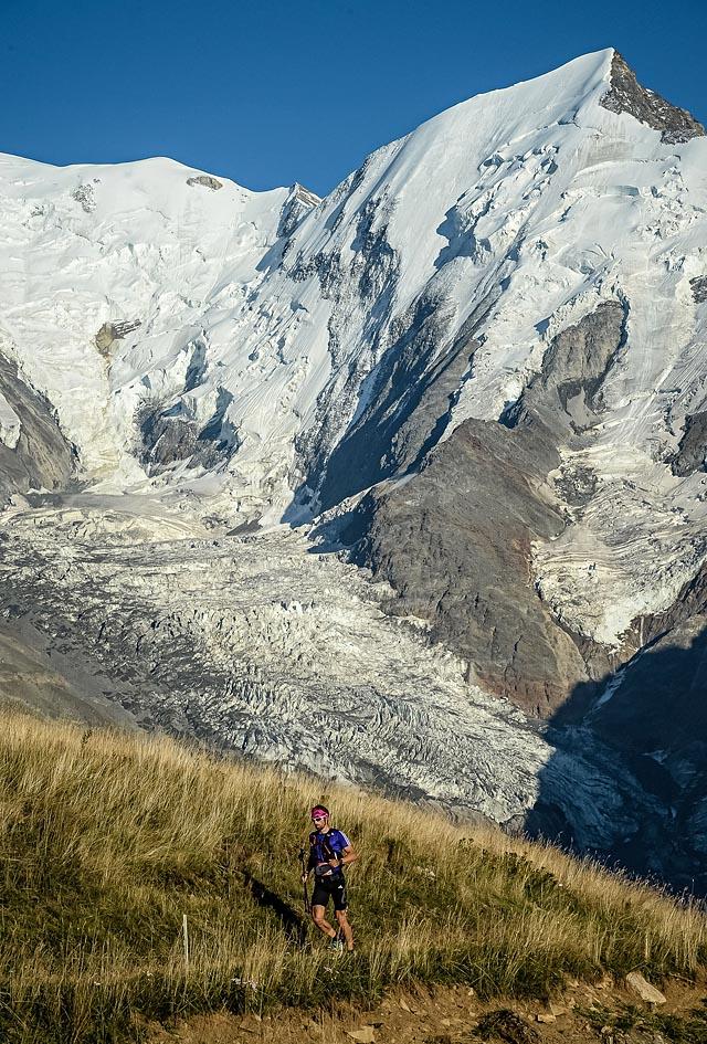 UTMB-Luis_Alberto_HERNANDO_ALZAGA_utmb15-utmb-pt-00-0009_Ultra-Trail_du_Mont-Blanc_Pascal_Tournaire.jpg