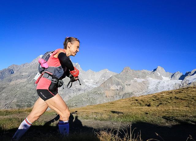UTMB - Nathalie MAUCLAIR_utmb15-utmb-fo-00-0007_Ultra-Trail_du_Mont-Blanc_photo_Pascal_Tournaire.jpg
