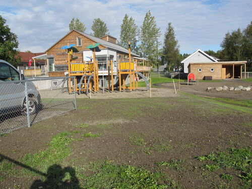 Bilde Kirkeng Barnehage lekeplass.jpg