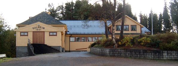 Dalheim er eitt av mange grendahus i Lindås.