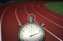 Supertusinger gjøres enklest på bane, hvor man har kontroll på distansen, men kan også tilpasses til utenfor bane.
