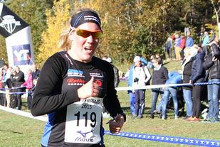 Maria Wågan, som tidligere i høst vant NM terrengløp, løp Stranpromenaden 5 km på 17.04. (Arkivfoto: Runar Gilberg)