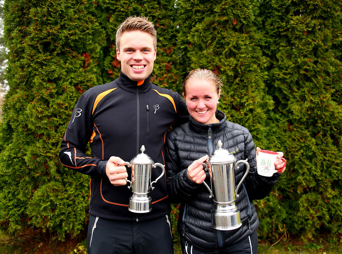 Vinnerne Ingar Stokstad og Tina K Moen (foto: Bjørn Hytjanstorp).