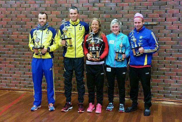 Fem klassevinnere, tre totalvinnere; Svein Ove Risa, Jarle Risa, Johanna Håland, Cecilie Landro og Glenn Madland (arrangørfoto).