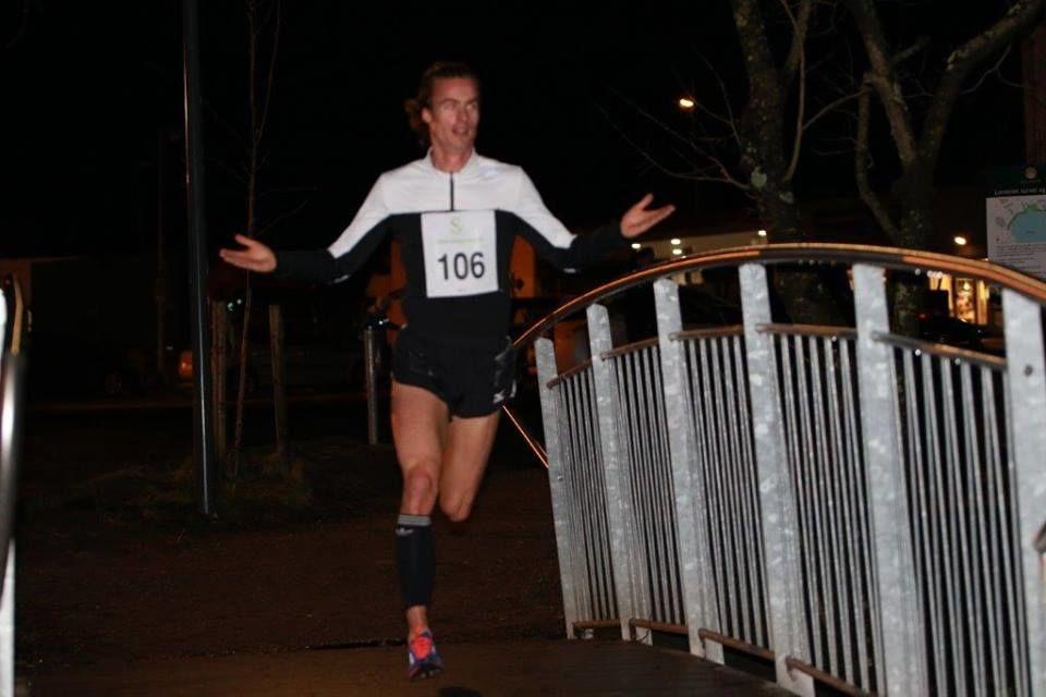Erik Hovlandsdal løper inn til løyperekord (foto: Arne Tømmernes).