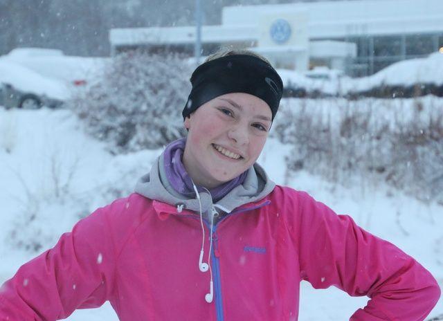 Selina Dybvik Kristoffersen fra Ålesund Friidrettsklubb vant 5 km kvinner på det 3. løpet i Ålesund vinterkarusell