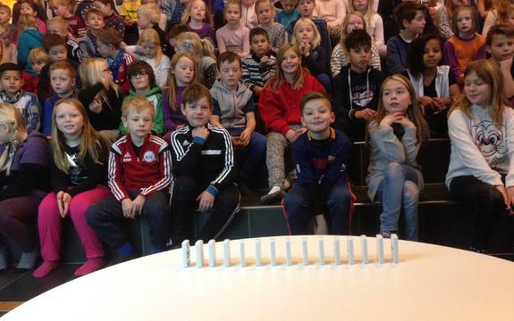Energi og energiforbruk tema på morgensamling, Brekkåsen skole