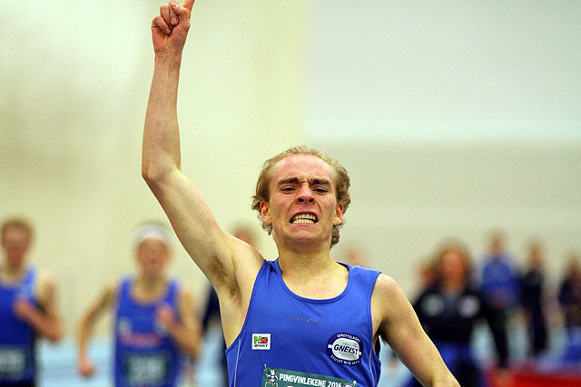 Jens Larsen Åstveit kan juble for ny U20 kretsrekord