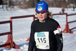 Årets klassisk-vinner Hege Skari da hun tok sin forrige seier i Søre Ål-runden på Flugsrudjordet i 2016. (Foto: Bjørn Sakseberg)