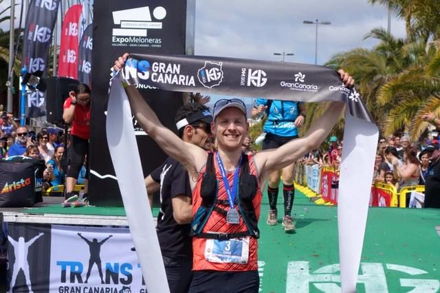 Didrik Hermansen vant TransGranCanaria. Foto: iRunFar/Bryon Powell