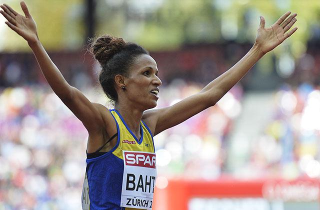 Meraf Bahta sørga for svensk rekord på 10 km. Her ser vi henne juble for EM-gull på 5000 m under EM i Zürich for to år siden. (Arkivfoto: Bjørn Johannessen)