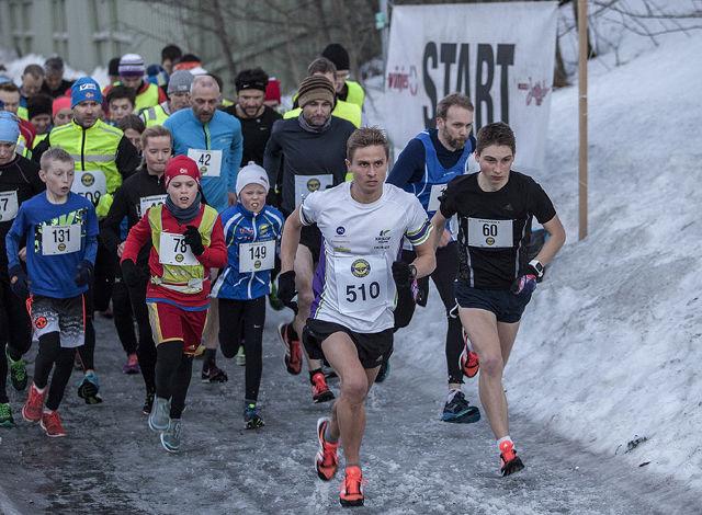 Fra starten på 5 km på Leangen. (Foto: Trond Einar Brobakk)