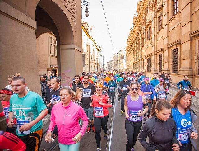 Praha_massene.jpg