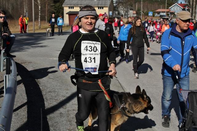 IMG_6399_Arne_kr_Røren_har_som_vanlig_meldt_på_hunden_også (640x427).jpg