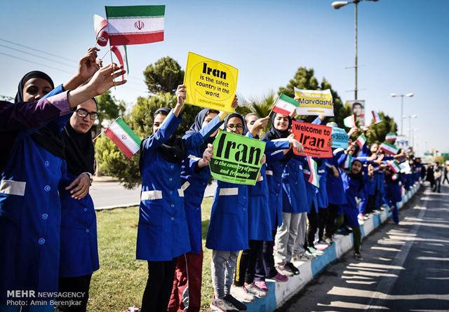 Langs løype og i arrangørstaben var kvinnene godt representert. (Foto: arrangøren / Amin Berenjkar)