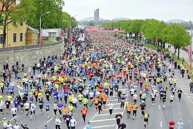 Riga Marathon er blitt et stort arrangement, selv om antallet som løp maraton ikke var større enn 1494. (Foto: arrangøren)