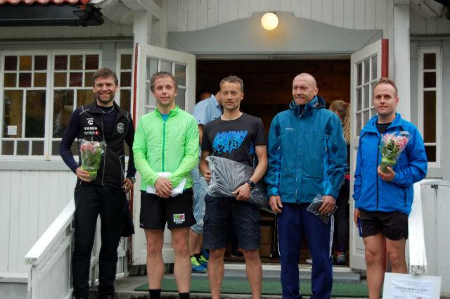 Biletet syner klasse MV 35-49: Johnny Riise, Hilmar Kråkenes, Gisle Skjølberg, Audun Skogen og Roy Aron Myklebust.