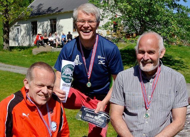 Paul Johan Undheim fra Molde smilte bredest da han hadde fått tilbake hvilepulsen. Geir A. Råheim (t.h.) var fornøyd med å få beholde løyperekorden fra i fjor, mens tredjemann Inge Asbjørn Haugen fortsatt har en solid norgesrekord i antall maratonløp.