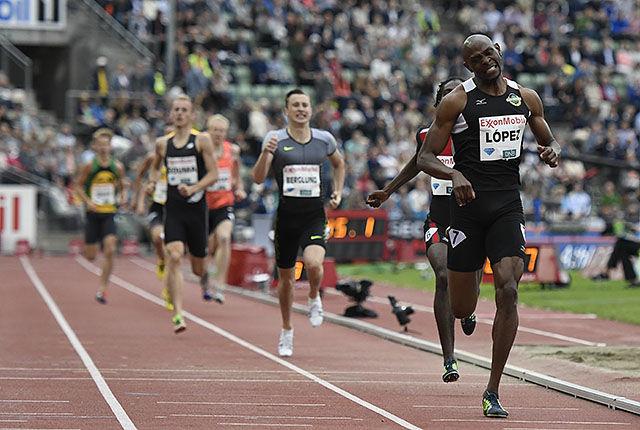 Yeimer Lopez tok en klar seier i det nasjonale heatet på 800 m. (Foto: Bjørn Johannessen)