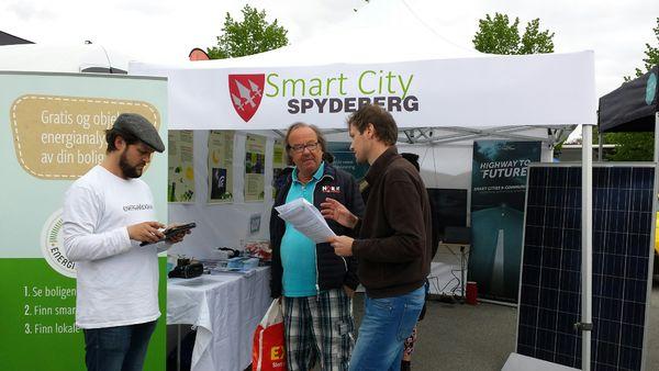 bilde av Smart City stand under Miljøuka 2016