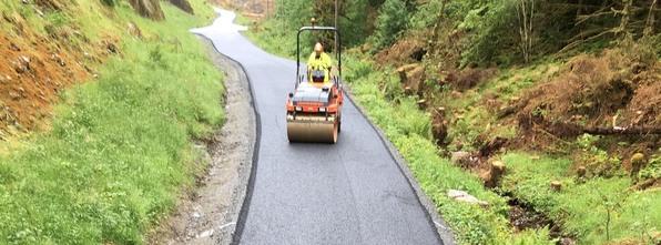Kleivdalsvegen med splitter ny asfalt!