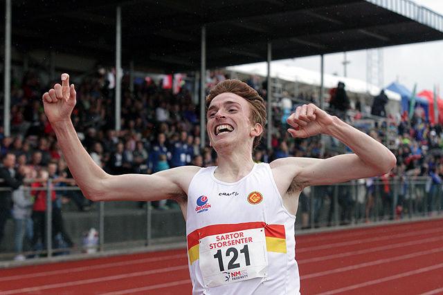 En strålende fornøyd Marius Vedvik var meget ordknapp etter løpet. Skader og stagnasjon, og så fikk jeg det ut i dag. Nei, dette var bare herlig, kunne han berette.