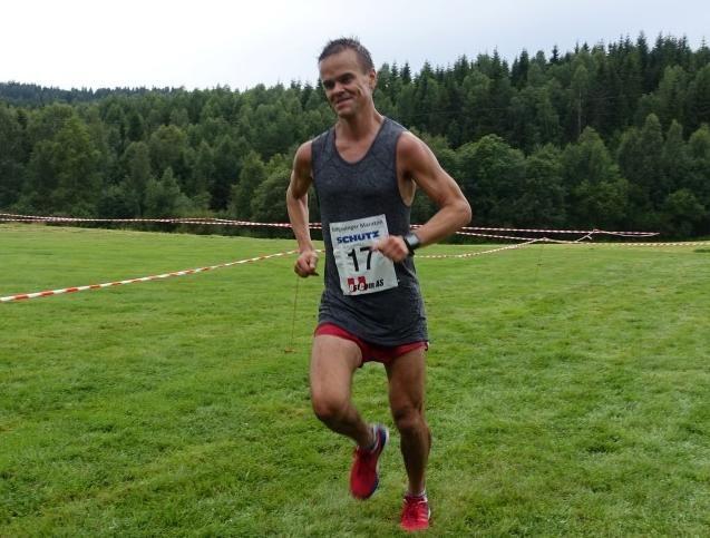 Trond Hansen inn til seier på maraton på 3.01.18. Kondis' annonsesjef vant vant også distansen i 2012 og 2013. (Foto: Pål Evensen)