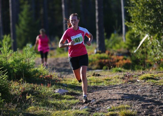 Solfrid Braathen i tet, som hun bruker å være i ABIK-karusellen (foto: Bjørn Hytjanstorp).