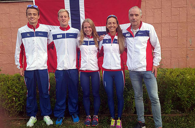 Det norske laget i VM: Stian Øvergaard Aarvik, Torstein Tengsereid, Hanne Mjøen Maridal, Anita Iversen Lilleskare og lagleder Jarl Gaute Aase.
