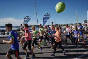 Fra 4.30-pulja på Oslo Maraton ifjor. Foto: Arrangøren