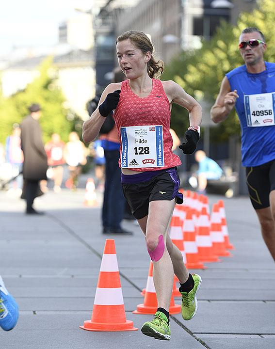 maraton-hilde-aders_D5N0646.jpg