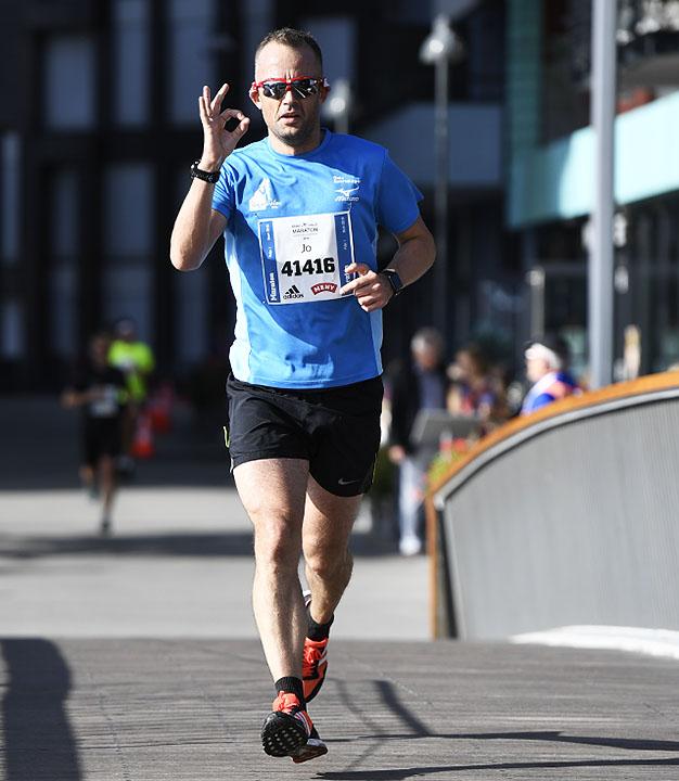 maraton-Jo-Kristoffer-Benjaminsen_D5N2011.jpg