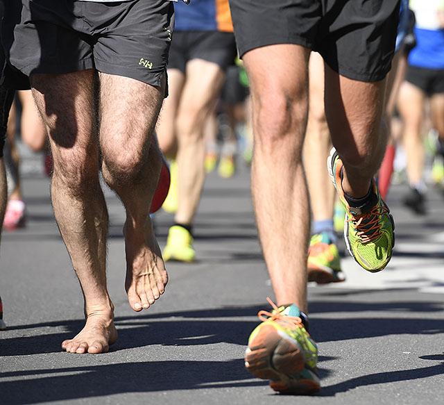 halvmaraton-med-og-uten-sko_D5N3388.jpg