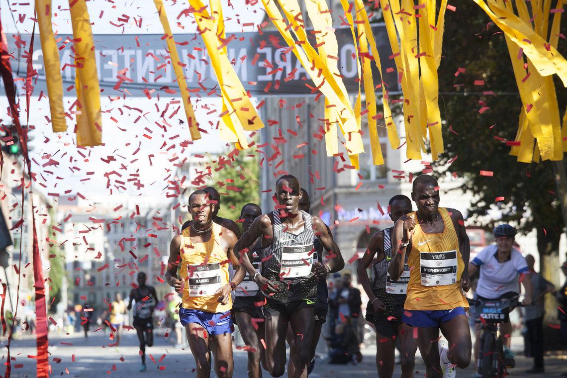 Fantastisk stemning i København under CPH Half der afrikanerne løp fortest og danskene sto for festen (foto: Copenhagen Half Marathon)