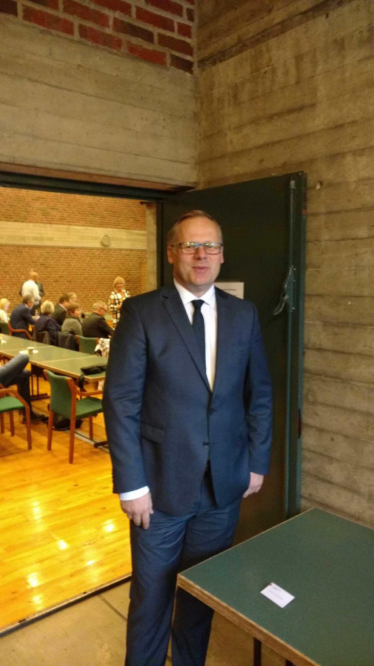 Fylkesmann Trond Rønning.jpg