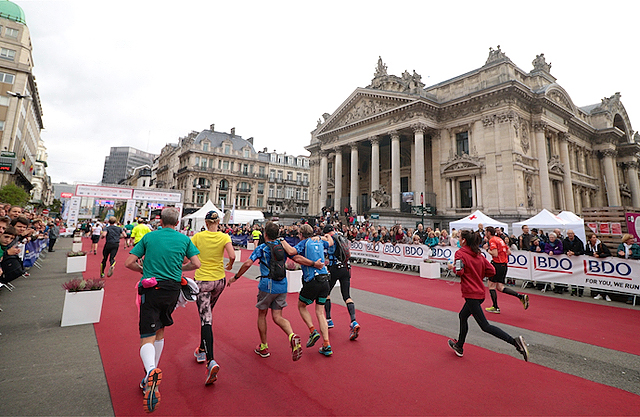 Brussell_Marathon_2016_mot_maal_ved boersen_640_2028.jpg