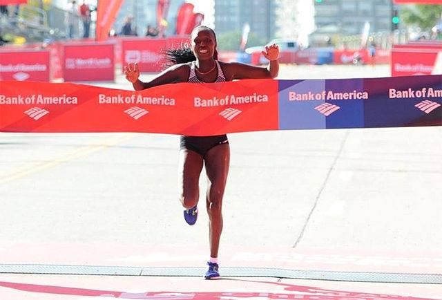 Florence Kiplagat vant Chicago Marathon på 2.21.32 og fikk vist at hun burde vært tatt ut på det kenyanske laget til OL. (Foto: arrangøren)