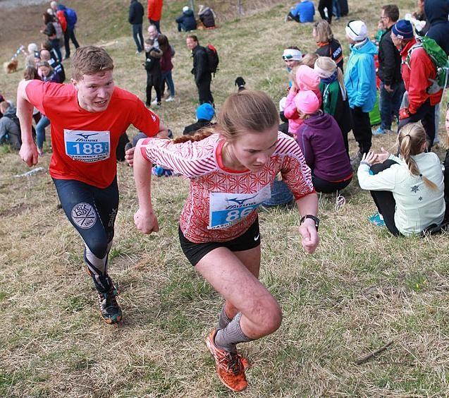 Tina Knutsmoen vant Nesodden på langs i den lengste løypa. Her er hun på vei mot seier i Råskinnet 2015 (foto: Kjell Vigestad).