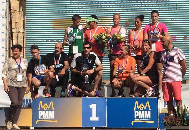 Ingeborg Dahl (bak til høyre) ble nummer tre på 10 kilometeren i Palma Marathon. (Foto: Snorre Lægran)