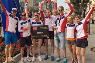 Norge stilte med sju løpere i fjor, vi ser Aders og Halvorsen som nummer 1 og 3 fra høyre. (Foto: Sharon Broadwell)