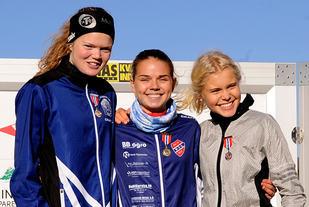 Alle de tre raskeste juniorjentene fra NM terrengløp - Mariann Roe, Stine Wangberg og Christine Næss - er tatt ut til nordisk. (Foto: Arne Dag Myking)