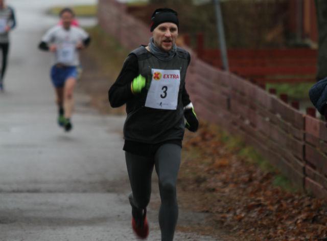 Vaidas Zinkus har fått interesse for løping de siste par årene. For en måned siden løp han halvmaraton under Jessheim Vintermaraton på 1.30.08. Søndag vant han Tjømekarusellen.