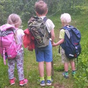 Barn på tur